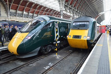 GWR 800006 and 43041 stand at London Paddington on October 16. RICHARD CLINNICK.